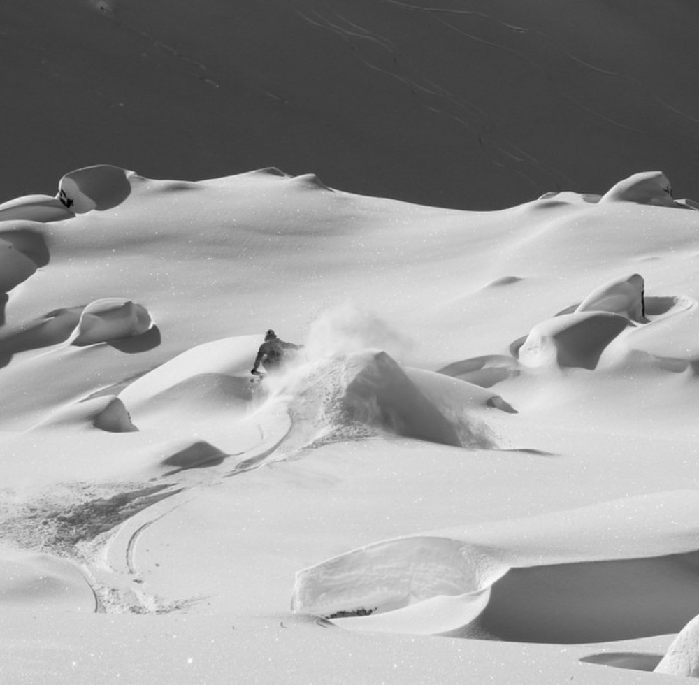 POW Alert this weekend! - with GO Heli & Cat Skiing