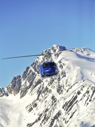 crescent-spur-helicopter-in-mountains